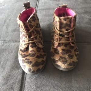 FAUX FUR LEOPARD BOOTIES SIZE 6 TODDLER